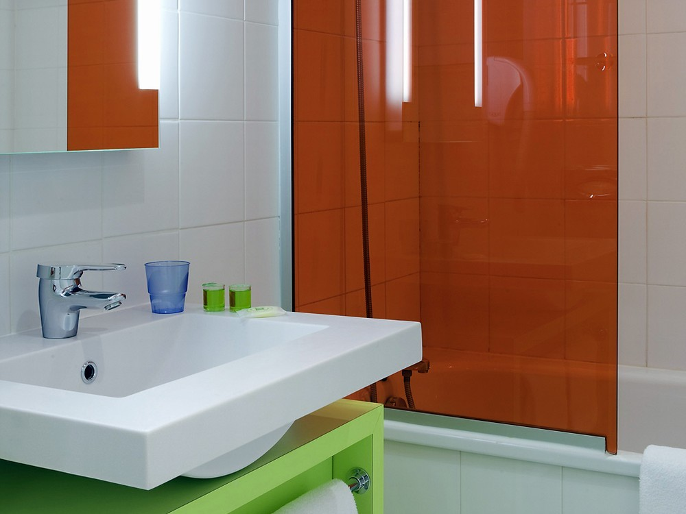 Ibis styles amiens cathedrale - salle de bain