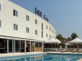 Hotel Cetus - Hotel front view