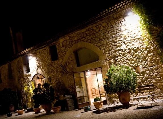 Château de pouget - de nuit