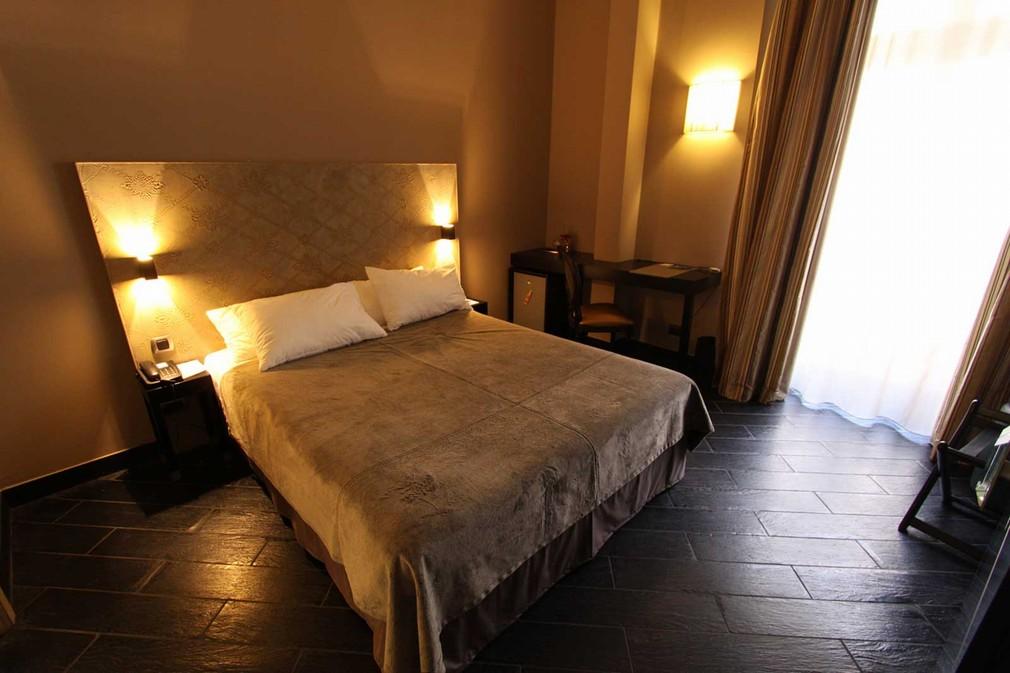 H tel palazzu salle s minaire ajaccio 2a for Hotel economique