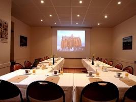 Grand Hotel de Metz - Totalmente equipada sala de reuniones según su demanda