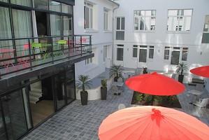 Le César Hôtel - exterior