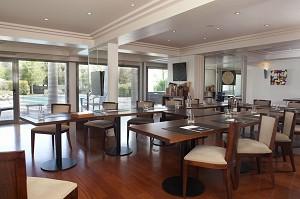 1 Room - Anne de Bretagne Hotel
