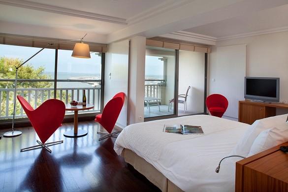 Hotel anne de bretagne - habitación con vista al mar
