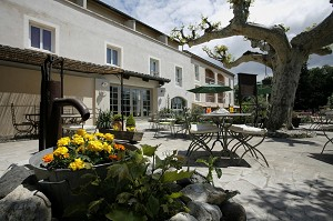 Medieval Hotel - Exterior