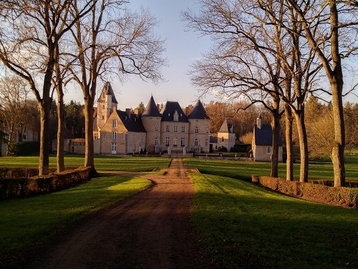 Château de vaulogé - outside
