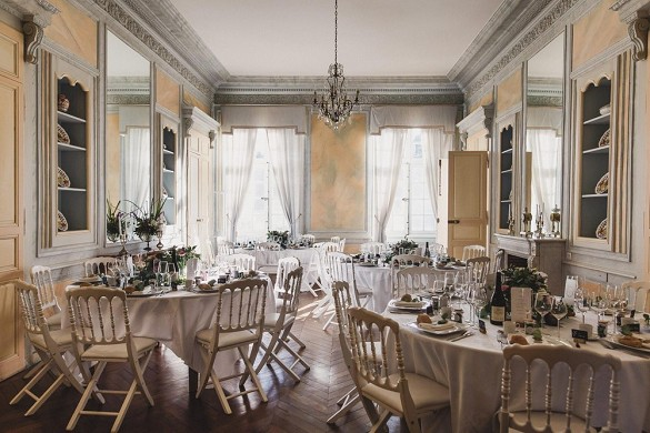 Château de vaulogé - reception room