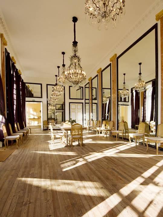ch teau de la groirie salle s minaire le mans 72. Black Bedroom Furniture Sets. Home Design Ideas