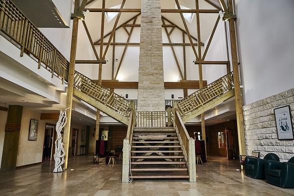 Parc Asterix Kongresse und Seminare - die 3 * Hotel - Lobby der drei Eulen
