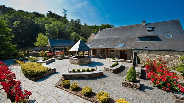Domaine du moulin de st-yves - charming place of reception