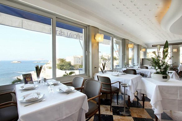 Le Rhul - Restaurant mit Meerblick