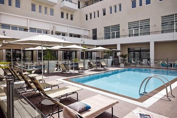 Novotel avignon center - swimming pool