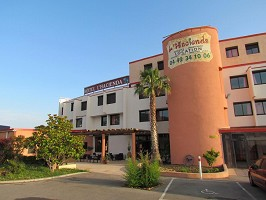 Hacienda Hotel - Exterior