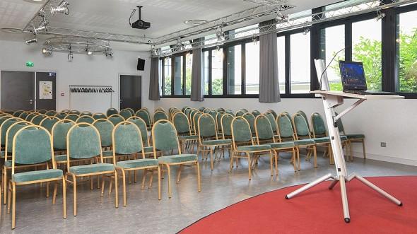 Área de puentes aven art gallery resort - sala de reuniones