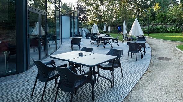 Zona de puentes aven art gallery resort - terraza
