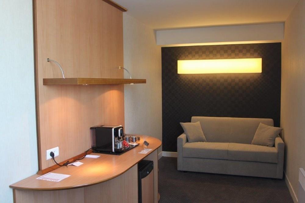 Best Western Plus Paris Saclay - Wohnzimmer-Suite