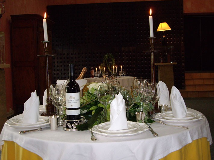 Chateau de la tuilerie nimes table