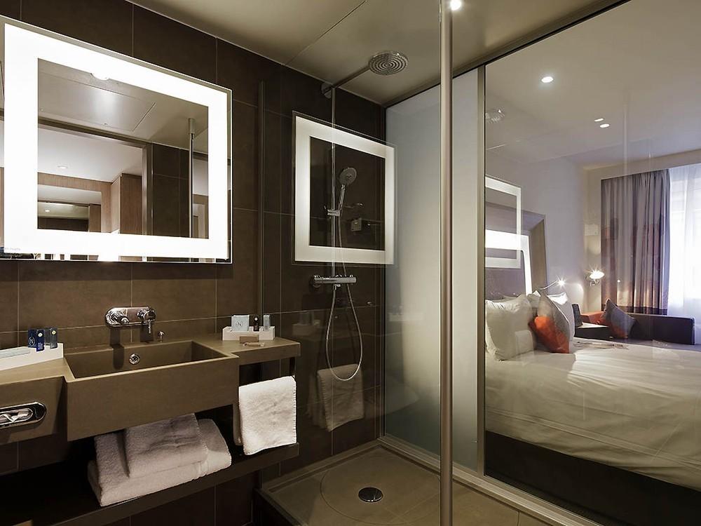 novotel lyon confluence salle s minaire lyon 69. Black Bedroom Furniture Sets. Home Design Ideas