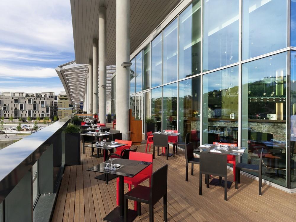 Novotel lyon confluence salle s minaire lyon 69 for Restaurant terrasse lyon