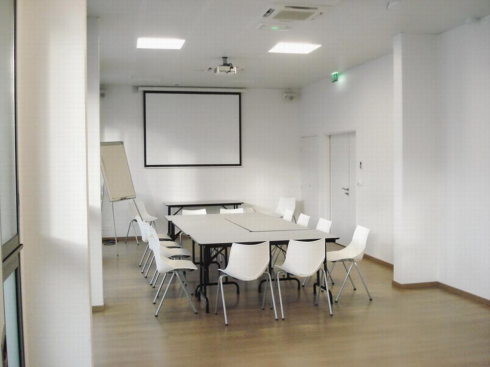 Hotel esatitude - seminar room