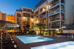 Clarion Suites Cannes Croisette - L'hotel in serata