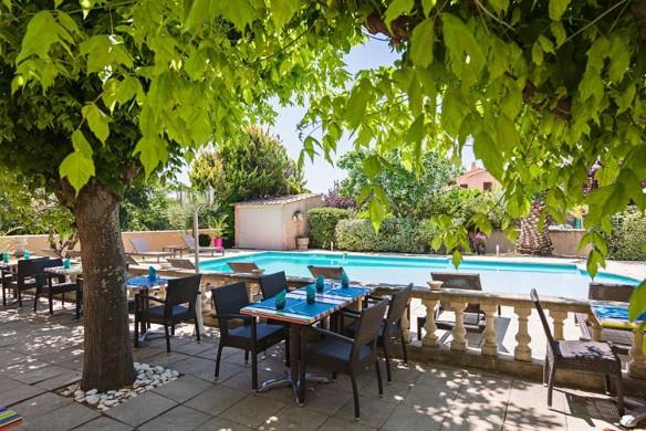 Le mas de l'etoile - pool terrace