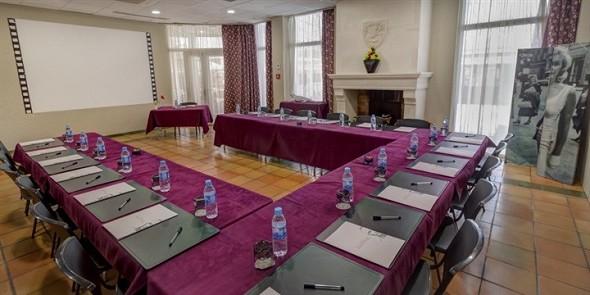 Hotel arles plaza - sala de seminarios