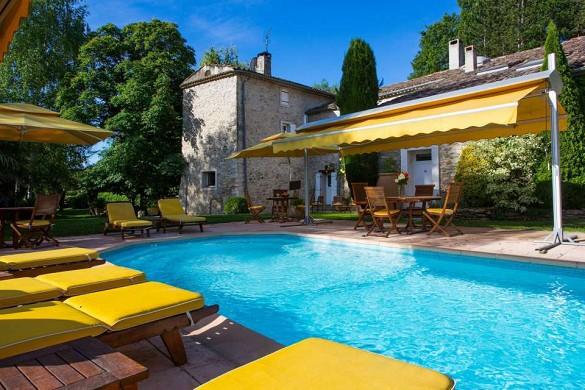 The St Lazare campaign Luberon - pool