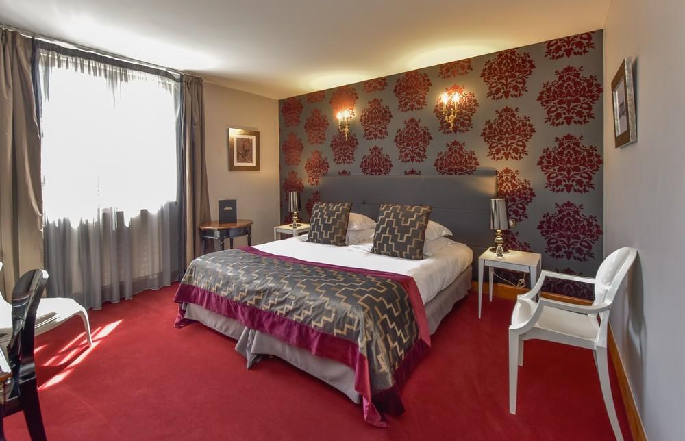 Camera da letto di prestigio 12_5631