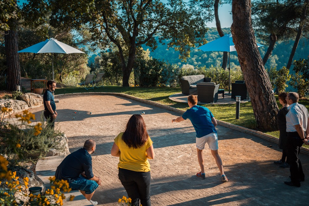 Cantemerle hotel restaurant and spa - team building pétanque tournament