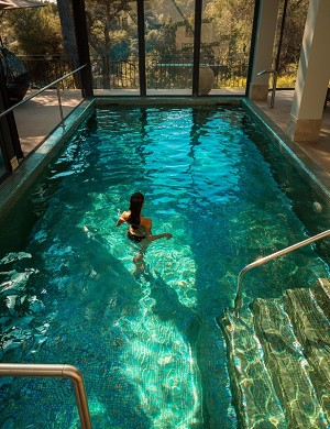 Cantemerle hotel restaurant and spa - indoor heated pool