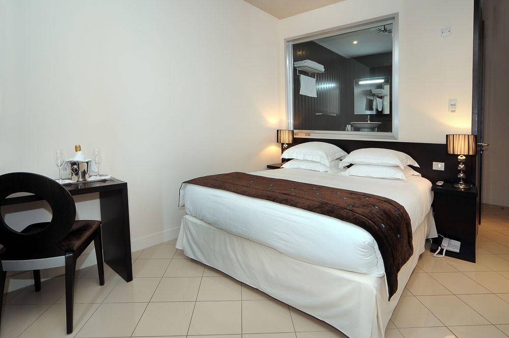 Hotel aeva - room
