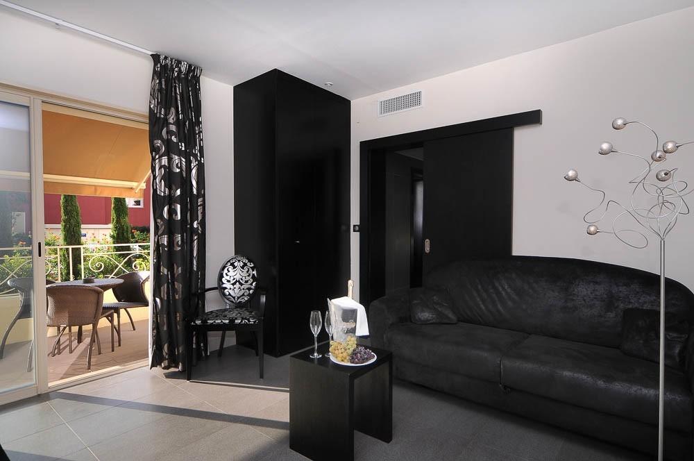 Hotel aeva - interior
