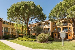 Villaggio Club les Rives de Cannes Mandelieu - Esterno