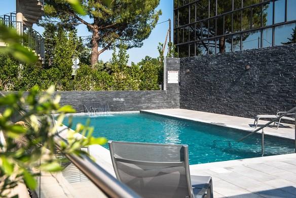 Golden tulip aix-en-provence - swimming pool
