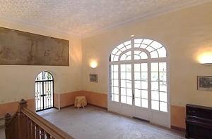 Chateau de Valmousse innerhalb 2