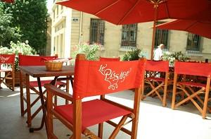 The passage Aix en Provence terrace