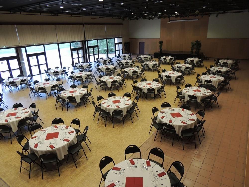 Convention Center la fleuriaye - sala per sedersi jean du reau