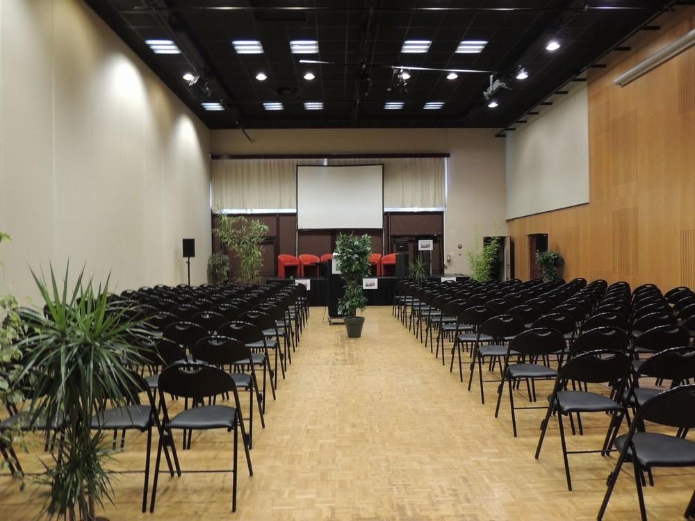 Convention Centre Fleuriaye - jean hall partecipanti reau 150