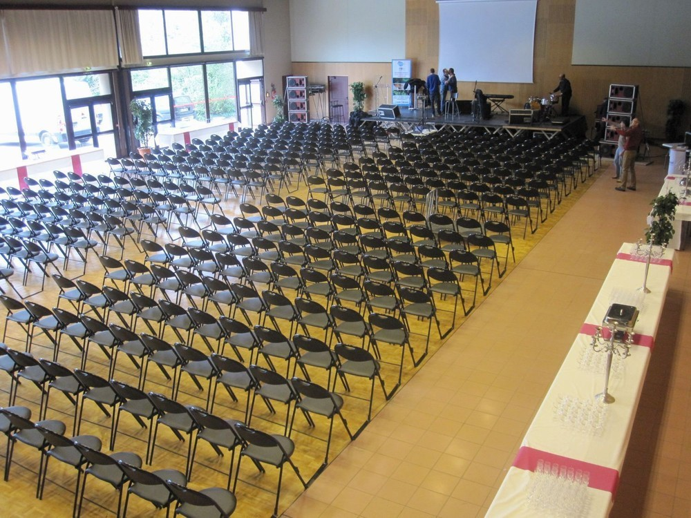 Convention Centre Fleuriaye - jean hall partecipanti reau 400