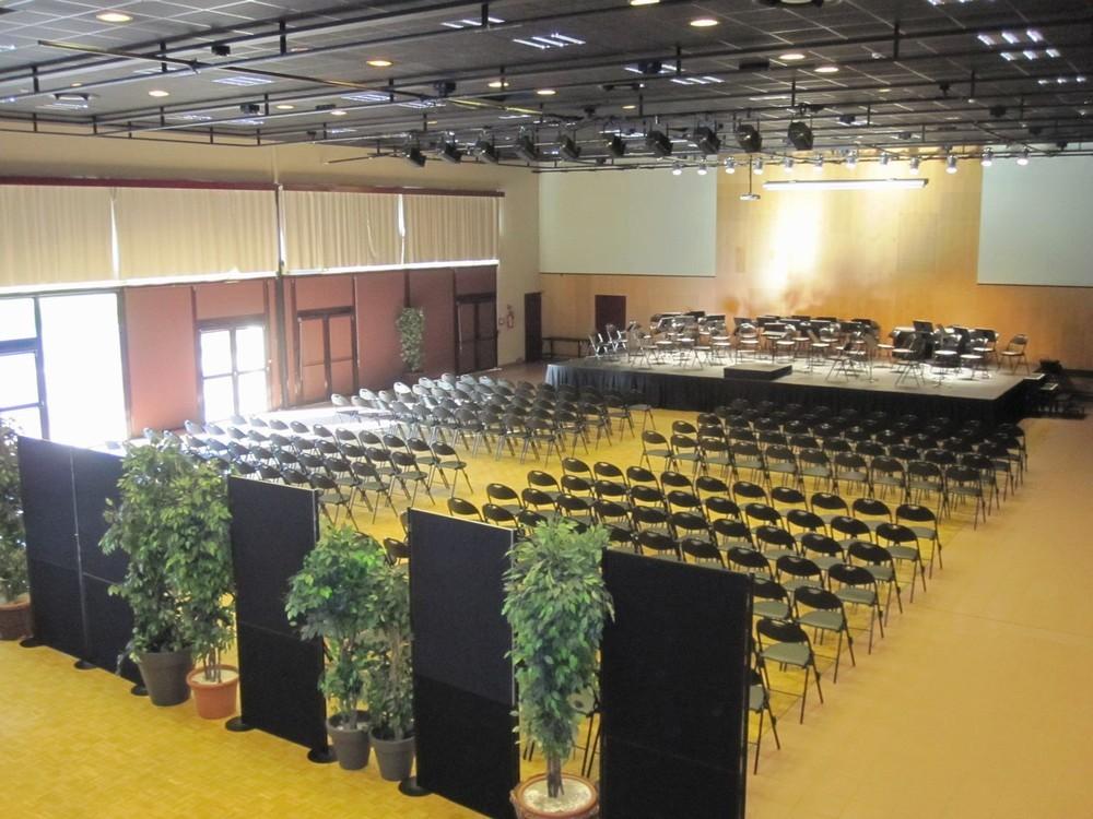 Convention Centre Fleuriaye - jean hall teatro-reau