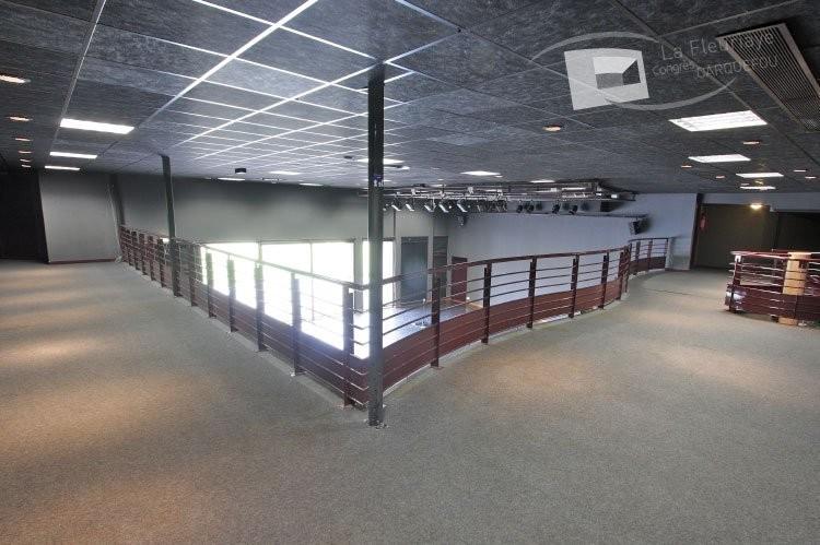 Convention Center Fleuriaye - Nicole Etienne camera mezzanine