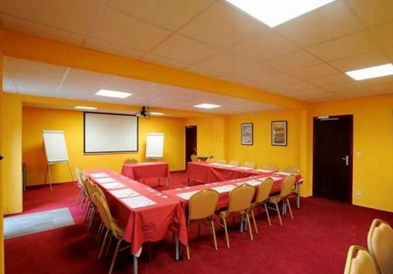 Hôtel le cèdre - sala de seminarios