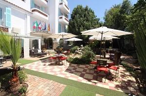 Hotel le Pré Katalanisch - Terrasse