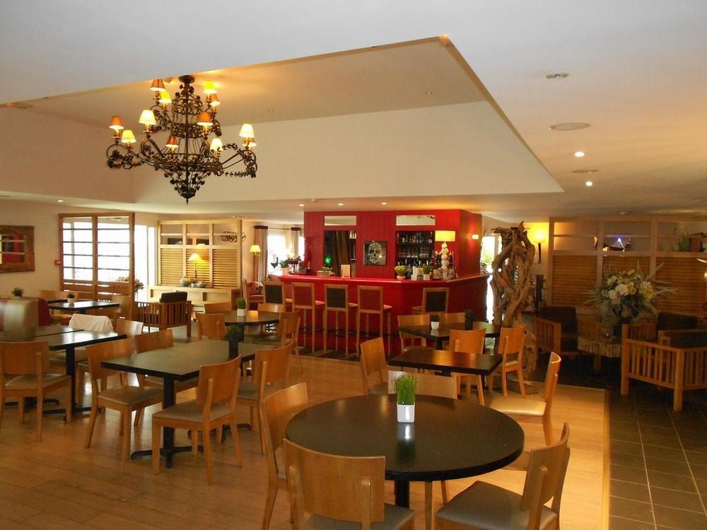 M Honfleur Hotel - Restaurant