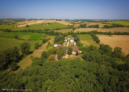 Lassalle castle - aerial photo