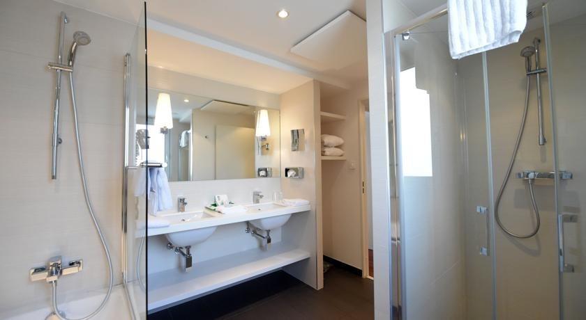 Holiday Inn Mulhouse Salle Séminaire MULHOUSE - Salle de bain mulhouse