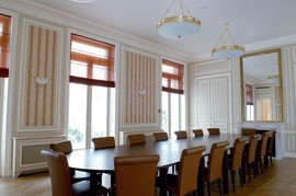 International Diplomatic Academy meeting room paris