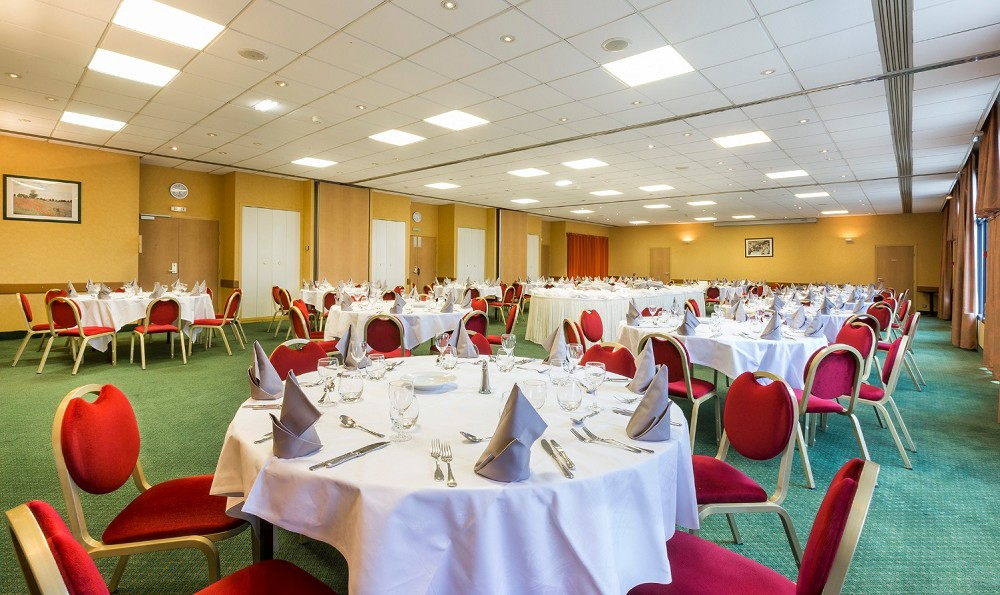 O restaurante do Hotel paddock - sala de reunião