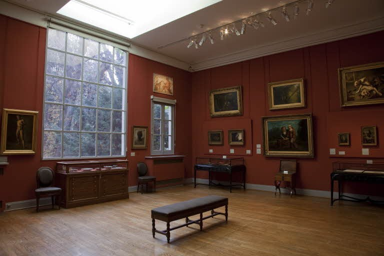 Interior do Museu Nacional Eugène Delacroix em Paris